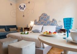 Pensiero - Blue Room